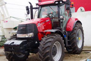 Tractor Case IH CVX 185 Puma
