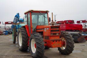 Tractor Renault 1181-4